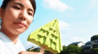 日本又厉害了, 冰淇淋太阳暴晒1小时不融合, 舔都舔不化