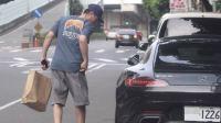 港台:霍建华被拍到违规停车 车牌暗藏密码