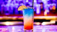 专家解说: 饭前喝果汁饮料、酒精饮料你喝对了吗?