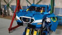 这现实版变形金刚, 能乘坐2人, 变成能跑的汽车, 时速60公里