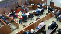 美国一嫌犯庭审中跳楼逃跑摔成重伤