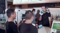 陈翔六点半:火爆奶茶店#这!就是搞笑#