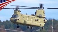 美国陆军第1航空骑兵旅-最新型CH-47F支努干重型运输直升机