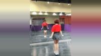 大笑江湖舞蹈, 小姐姐动作很协调