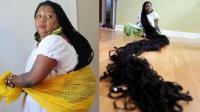 头发像一条巨蟒, 长度达到16.8米, 嫁给发型师是为啥