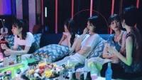 郑爽新剧照曝光, 与四位女演员比美依旧出众