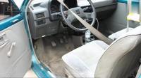 老外改装汽车, 边开车边泡澡还能吃烧烤, 车进水还能开?