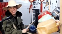 农村牛人自制架子鼓, 表演的太牛了
