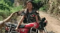 四川功夫妹子, 徒手搬起一辆摩托车, 姑娘你还嫁得出去吗!