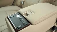 汽车有没有必要装一个中央扶手盒? 老司机说了实话, 确实有道理