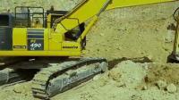 小松490, 挖掘机爬坡, 是驱动轮在前, 还是引导轮在前?