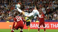 欧冠决赛集锦: 惊人的失误与惊天大倒钩