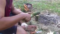 澳洲小哥  荒野求生 野外生存 生存哥 过滤雨水水