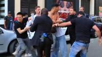 中国游客在法国巴黎遭抢劫 当街与嫌犯厮打