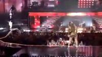 beyonce在Usher演唱会上的热情演出