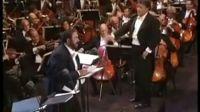 世界著名男高音歌唱家帕瓦罗蒂逝世 享年71岁
