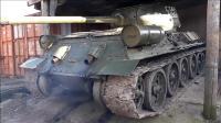 冷启动一台二战时遗留的发动机——T34坦克发动机