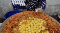 印度人怎么吃鸡蛋? 一次用掉240个, 网友: 看着都没食欲!