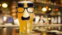 因极度缺水, 美国人用污水酿啤酒, 喝过的说口感很清澈, 销量火爆