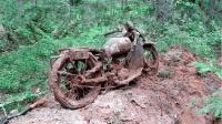 一辆1978年的旧摩托车, 牛人全部拆开翻新后, 奇迹发生了