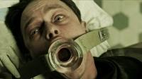 一部不道德的恐怖电影, 邪恶医生把鳗鱼放入人体炼油, 不忍直视