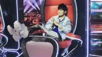 周杰伦《中国新歌声》录制坐姿霸气鞋子吸睛