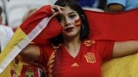 """世界杯:世界杯从不缺少""""世界波""""大胸美女博人眼球"""