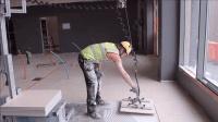 铺地砖也能如此高大上! 德国发明铺地砖神器, 工人爱不释手