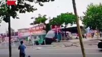 烟台一男子驾叉车街头疯狂乱撞致1死多伤被现场击毙