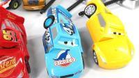 介绍小赛车们的不同的开动方式