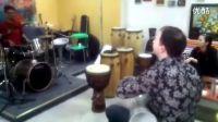 drum set and darbuka!我和Ruben即兴玩的!