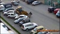俄罗斯小白司机搞笑事故合集!