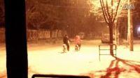 正大光明高清视频:(冬至前一天晚上下雪了。2012。12。20 )10..