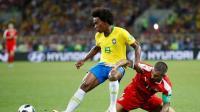 2018世界杯 E组塞尔维亚VS巴西 【全场集锦】保利尼奥挑射席尔瓦头球破门 巴西2-0塞尔维亚