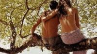世界最开放的原始部落, 常年赤裸身体, 女性可以强行对男子施暴