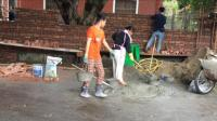 最美的劳动者——城市里的泥水工