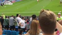 拍客世界杯: 跟随球迷视角进入英格兰-瑞典比赛现场!