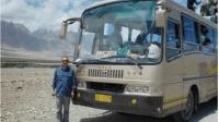 刚从巴基斯坦旅游回来, 从交通工具就可以看出, 我们待遇不一般!