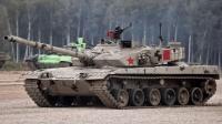 解放军战斗力有多强 仅一坦克数量超3000辆