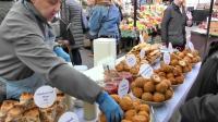 意大利的帕尔马火腿, 奶酪炸弹, 来自加纳的食物, 还有更多。伦敦百老汇大街
