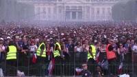 赛中巴黎实拍!全法国人民的心都在随着卢日尼基的比分而跳动
