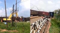 车毁人亡! 货车抢道被火车推撞数百米