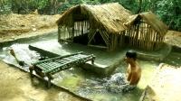 庇护所四周挖个游泳池, 用瓦片加固防漏, 避暑纳凉的最佳选择