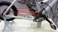 用绳子当链条的自行车, 一根能骑一年, 网友: 断了咋办?