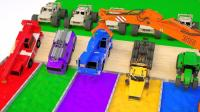 工程车系列挖掘机卡车玩具进入染料池学颜色