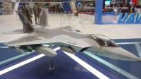 韩国隐形战机强上马叫板歼31 低配F22毁于不一