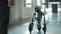 """可以做坐骑的""""机器狗"""", 自动驾驶会跟着你跑, 还能秒变摩托驾驶"""