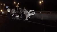 广渠路高架严重车祸 疑超速飙车致车毁人亡