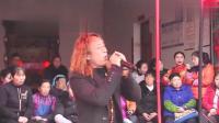 贵州流浪歌手阿雄演唱歌曲串烧, 媲美专业歌手哈哈! 这才是《《中国好声音》》