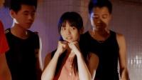 《美少女壮士》精彩片段: 连坏人都不会演?